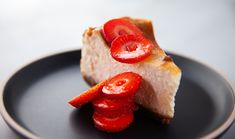 Baked Ginger and Creme Fraiche Cheesecake Gourmet Cooking, Cooking Recipes, Sugar Free Lemon Cake, Ginger Nut Biscuits, My Favorite Food, Favorite Recipes, Dessert Recipes, Keto Desserts, Creme Fraiche