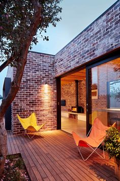 Best Ideas For Modern House Design : – Picture : – Description Maroubra House by THOSE Architects Modern Brick House, Modern House Design, Brick Houses, House Cladding, Facade House, Recycled Brick, Brick Architecture, Minimalist Architecture, House Extensions
