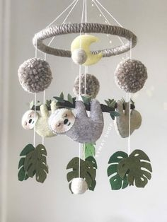leaf crafts Sloth felt mobile is perfect decoration for a baby girl or boy nursery room. It will surely become a perfect design item in your kid's room. Our mobiles are made with high qual Baby Room Boy, Baby Boy, Girl Room, Selling Handmade Items, Felt Baby, Baby Mobile Felt, Nursery Neutral, Nursery Colours, Baby Sleep