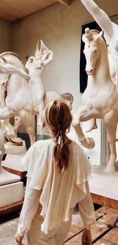 Kandinsky, Museum Of Fine Arts, Fair Grounds, Horses, Statue, Creative, Fictional Characters, Magazine, Dating