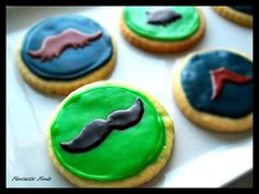 Basic Suger Cookies, make Spider-Man shape Yum Food, Food Food, Cookie Bouquet, Mustache, Sugar Cookies, Cake Pops, Holiday Ideas, Donuts, Cookie Recipes