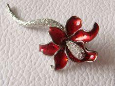 Купить Брошь Лилия Эмали Кристаллы Серебрение США 1980-е - винтажные  украшения 7ffe03b8ca7