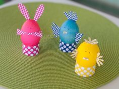 Dyed Easter Egg Animals: Kid's Craft  >> http://www.hgtv.com/handmade/kids-craft-dyed-easter-egg-animals/index.html?soc=pinterest