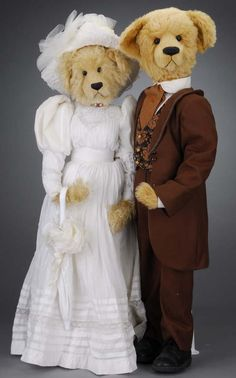 1126: Marcia Sibol Victorian Bear Couple : Lot 1126