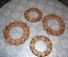 crafts using wine corks | posted in: Clutter or Treasure , Furniture Accessories , Green Design ...