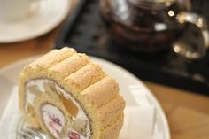 20081031 roll cake of various fruits by open-arms, via Flickr