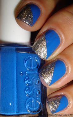 Blue and gold color nail art.