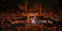 Preciosa ceremonia a la luz de las velas. Y tú cual es tu sueño para ese día??