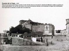 Cuesta de la Vega  – 1875 Vista de la Cuesta de la Vega cuando el solar donde ahora se levanta la catedral de Madrid, esta...