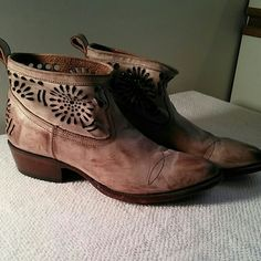 Sale!!! Matisse slouchy boot New, with aged effects. Perforated pattern around ankle. Matisse Shoes Ankle Boots & Booties