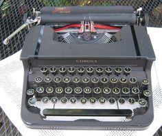 Vintage Smith Corona Comet Deluxe Portable Typewriter 1940-1941 by CanemahStudios on Etsy