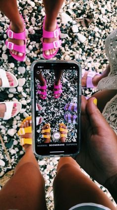See more of teenthings's content on VSCO. Best Friend Pictures, Bff Pictures, Friend Photos, Summer Pictures, Cute Photos, Bff Pics, Summer Feeling, Summer Vibes, Shotting Photo