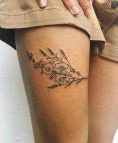 Cute Summer Tattoo Art Design Ideas For Woman:Small Flower Thigh Tattoo süße Sommer Tattoo Art Design-Ideen. Small Thigh Tattoos, Flower Thigh Tattoos, Tattoos For Women Small, Tattoo Thigh, Simple Leg Tattoos, Sunflower Tattoos, Thigh Tattoo Placements, Tattoo On Leg, Thigh Tattoos For Women