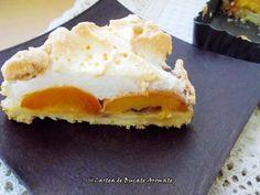 Tartă cu caise şi bezea | Bucate Aromate Romanian Desserts, No Cook Desserts, Sweet Treats, Cheesecake, Good Food, Goodies, Pie, Eggs, Sweets
