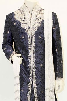 Trendy Navy Blue and Silver Sherwani Blue Sherwani, Mens Sherwani, Wedding Sherwani, Mens Indian Wear, Indian Groom Wear, Mens Fashion 2018, India Fashion, Kurta Patterns, Indian Bridal Outfits
