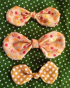 Little girl hair bows! Perfect fall colors! Find us on Facebook! Sewcutechics!