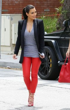 Red Pants Outfit Ideas Pictures 100 leather pants outfits to showcase your inner rock star Red Pants Outfit Ideas. Here is Red Pants Outfit Ideas Pictures for you. Red Pants Outfit Ideas 9 ways to wear red pants outfits at work red pants out. Red Leggings, How To Wear Leggings, Kim K Style, Love Her Style, Look Fashion, Winter Fashion, Fashion Outfits, Fasion, Fashion Scarves