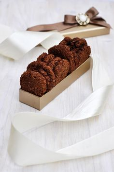 Crispy Quinoa Chocolate Cookies show that cookies can still be scrumptious without being made of refined sugar