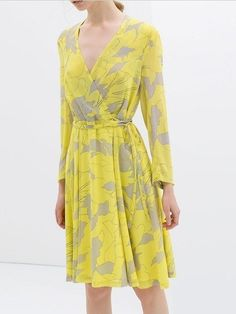 Floral Printed V-Neck Pleats Placed Drawstring Long Sleeve Dresses Yellow