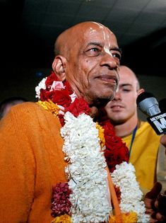 Prabhupada: My Guru Maharaja used to say that just rise early in the morning and then kick the mind with a shoe one hundred times.
