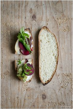 Heute, am 16. Oktober, ist es wieder soweit: Blogger rund um den Globus backen - zu Ehren des World Bread Day - Brot, um den glücklichen Umstand zu feiern, dass wir genug zu essen haben, dass es un...