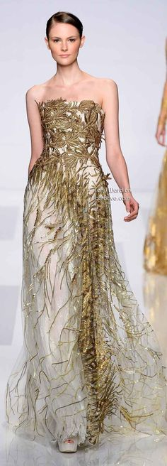 Tony Ward Couture Fall Winter. The Red Carpet Gold dress. Enjoy RushWorld boards,  UNPREDICTABLE WOMEN HAUTE COUTURE, WTF FASHIONS and MOOD BUSTERS.  See you at RushWorld on Pinterest! New content daily, always something you'll love!