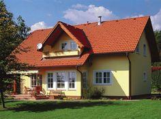 Esta es nuestra casa vista desde fuera. Está rodeada por un hermoso jardín. La casa es muy grande y tiene muchas ventanas. El techo es de color rojo y es triangular hecho con tejas. Está pintada de color amarillo. Delante de la entrada de la casa hay 2 sillas de mimbre y un banco de madera delante de el ventana de la casa.