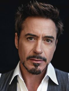 "Robert Downey Jr. : ""I'm not a poster boy for good behavior and recovery in Hollywood. I'm just a guy who knows he has a lot to be grateful for."""