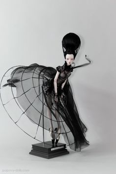 I Can't Believe You're NOT Human - High Fashion Dolls by Popovy Sisters - buzznet Clay Dolls, Blythe Dolls, Dolls Dolls, Doll Toys, Popovy Sisters, Enchanted Doll, Gothic Dolls, Paperclay, Creepy Dolls