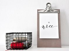 BE NICE postcard - black and white bnw lettering / handlettering /// BE NICE Postkarte schwarz weiß
