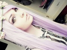 I've been wanting to try pastel for a while now, but it's too hard with my hair color. Lavender Hair, Lilac Hair, Alternative Hair, Emo Hair, Coloured Hair, Dream Hair, Crazy Hair, Hair Inspiration, Your Hair