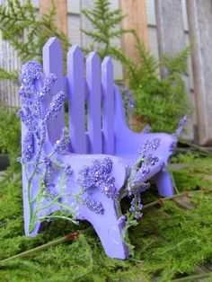 Miniature Fairy Flower Garden Bench   Beautiful color.