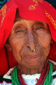 San Blas Island Woman in Panama (by BillGraf, via Flickr)