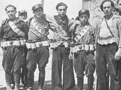 Columna Durruti fue una columna de milicias populares, de ideología anarquista, que participó en la Guerra Civil Española de 1936. Salió de Barcelona, el 24 de julio de 1936, con la intención de liberar Zaragoza, entonces en poder de los nacionales. Comenzó la guerra con unos 2.500 milicianos, pero en el transcurso de los meses llegó a tener 6.000 e incluso 8.000 según otras fuentes. Estuvo comandada por Buenaventura Durruti durante los primeros meses.
