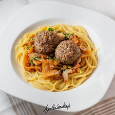 10 przepisów na sos do makaronu - wegańskie i bezglutenowe ⋆ AgaMaSmaka - żyj i jedz zdrowo! Tempeh, Tofu, Quinoa, Spaghetti, Ethnic Recipes, Noodle