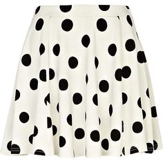 see i didn't lie to you about the polka dots