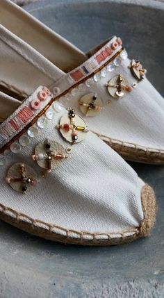 Espadrilles embellished with embroidery, leather and beads by Marjolein van der Heide Bohemian Sandals, Boho Boots, Espadrilles, Espadrille Shoes, Denim Shoes, Hand Painted Shoes, Beaded Sandals, Colorful Shoes, Crochet Shoes