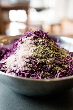 Purple cabbage and fennel seed sauerkraut Purple Cabbage, Seasonal Food, Fennel Seeds, Fermented Foods, Sauerkraut, Vegan Vegetarian, Real Food Recipes, Low Carb, Vegetables