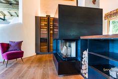 #fireplace #fireplaceideas #karmin #karminideen Waterfront Homes, Flat Screen, Architecture, Living Room, Blood Plasma, Flatscreen, Dish Display