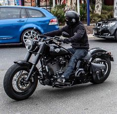 Cruising on the 2016 Softail Slim S