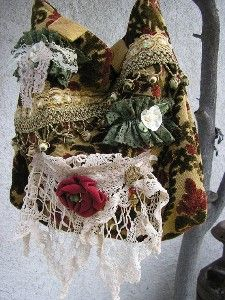 Gypsy Bohemian Purse like the white lace and red rose but would like to see it on black purse