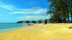 Pristine Wandoor Beach on a sunny day, Port Blair, Andaman and Nicobar Islands, India, Asia.