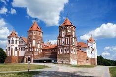 #Budgettravel Mir Castle