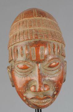 Masque terre-cuite OBA Royaume du BENIN Kingdom terracotta mask MC0 – Galerie de la Louve - Arts Premiers