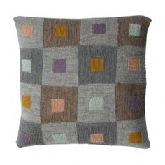 Amimono Home Collection 2011 - Helga Isager - Bøger Pillow Fabric, Crochet Pillow, Tapestry Crochet, Knitting Stiches, Knitting Kits, Patchwork Pillow, Quilted Pillow, Knitted Cushions, Diy Cushion