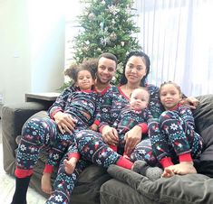 Stephen Curry with his family on Christmas Day 2018 Cute Family, Family First, Family Goals, Beautiful Family, Family Rules, Family Matters, Baby Family, Beautiful Children, Beautiful Things