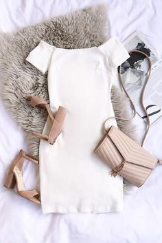 I love this outfit . it looks classy and stylish Mode Outfits, Fashion Outfits, Womens Fashion, Dress Fashion, Vetements Shoes, Classy Outfits, Casual Outfits, Mode Style, Look Fashion