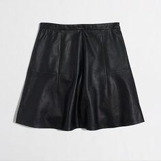 """<ul><li>Leather.</li><li>Sits at waist.</li><li>17"""" long.</li><li>Back zip.</li><li>Lined.</li><li>Spot clean.</li><li>Online exclusive.</li><li>Import.</li></ul>"""