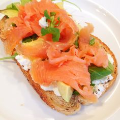 This smoked salmon sandwich is one of my favorites! Just put another slice of spelt bread on top to take it with you to the office!