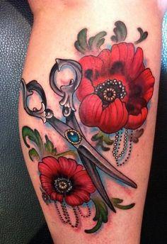 Maki i nożyczki tatuaż